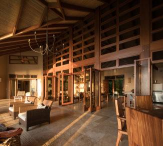 Casa Brisas del Cabo   wood paneling   Livingroom   Alvarez Arquitectos   Malpais, Costa Rica