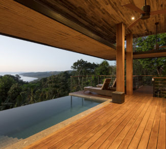 Casa de la Tierra y el Mar | Deck Ilumination | Alvarez Arquitectos | Malpais, Costa Rica